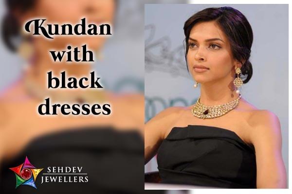 Kundan with black dresses